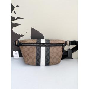 COACH GRADE BELT BAG IN SIGNATURE CANVAS WITH VARSITY STRIPE (QB/KHAKI MULTI)