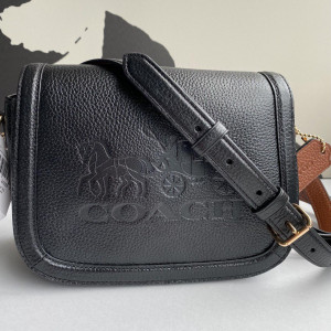 COACH SADDLE BAG WITH HORSE AND CARRIAGE (IM/BLACK)