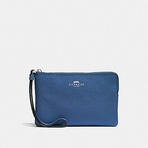 COACH CORNER ZIP WRISTLET IN CROSSGRAIN LEATHER (IM/INK BLUE)