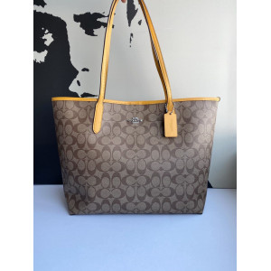 COACH CITY TOTE IN SIGNATURE CANVAS (SV/KHAKI/ORCHE)