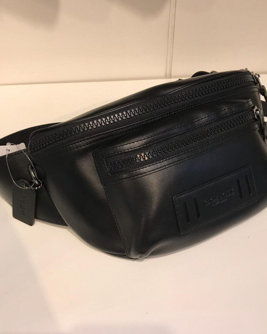COACH TERRAIN BELT BAG (BLACK)