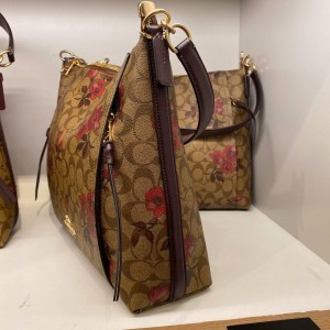 COACH MARLON HOBO IN SIGNATURE WITH VICTORIAN FLORAL PRINT (KHAKI BERRY MULTI)