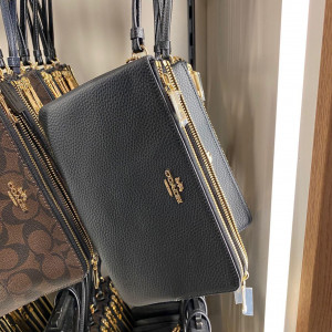 COACH DOUBLE ZIP WALLET IN POLISHED PEBBLE LEATHER (BLACK) - ETA (ESTIMATED TIME ARRIVAL) MALAYSIA 26TH OCTOBER