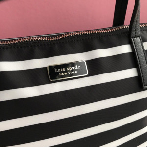 KATE SPADE HAYDEN SAILING STRIPE TOP ZIP TOTE (BLACK MULTI)
