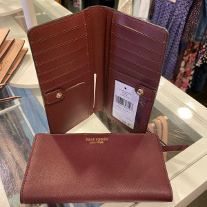 KATE SPADE CAMERON LARGE SLIM BIFOLD WALLET (CHERRYWOOD)