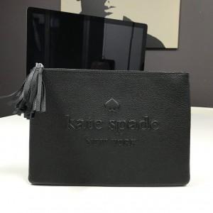 KATE SPADE LARCHMONT AVENUE LOGO GIA CLUTCH (BLACK)