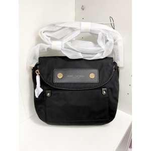 MARC JACOBS PREPPY NYLON MINI NATASHA CROSSBODY (BLACK)