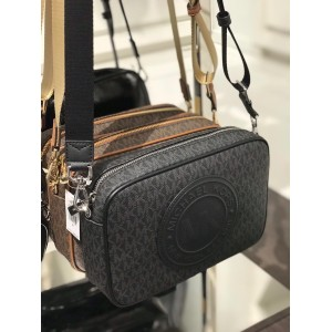 MICHAEL KORS FULTON SPORT LARGE EW CROSSBODY (SIGNATURE BLACK)
