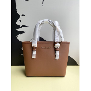 MICHAEL KORS  JET SET TRAVEL SMALL SAFFIANO LEATHER TOP ZIP TOTE BAG (LUGGAGE)