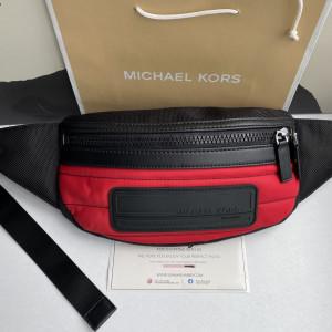 MICHAEL KORS KENT SPORT BELT BAG (RACE RED)