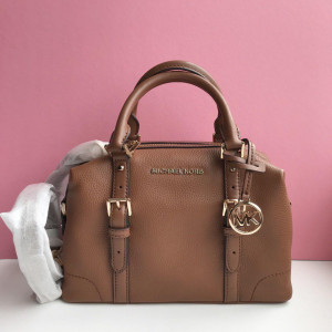 MICHAEL KORS GINGER SMALL DUFFLE SATCHEL (LUGGAGE)