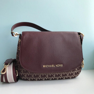 MICHAEL KORS BEDFORD MEDIUM CONVIRTIBLE (OXBLOOD)