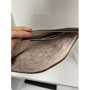 MICHAEL KORS HATTIE LG ZIP CLUTCH (BALLET)