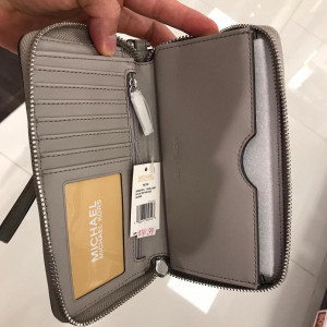 MICHAEL KORS FULTON LG FLAP MF PHONE CASE (GREY)